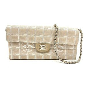 Authentic CHANEL A15316 New travel line Chocolate